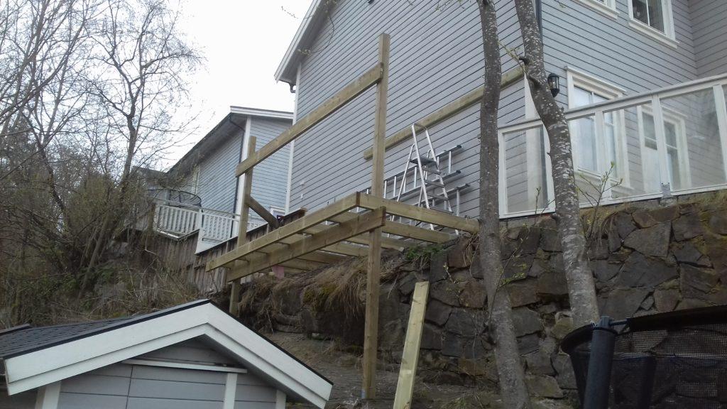 balkong med rekkverk 3